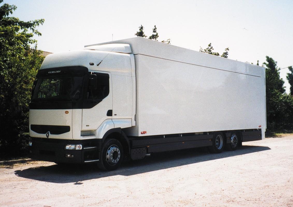 Motrice_per_trasporto_vetture_sportive